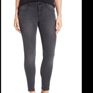 New Wit & Wisdom Skinny Ankle Jeans